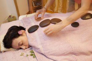 Warm Stones Luscious Oriental Aromatherapy